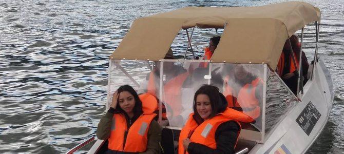 Plimbare cu barca – Activități și istorie în Cazanele Dunării