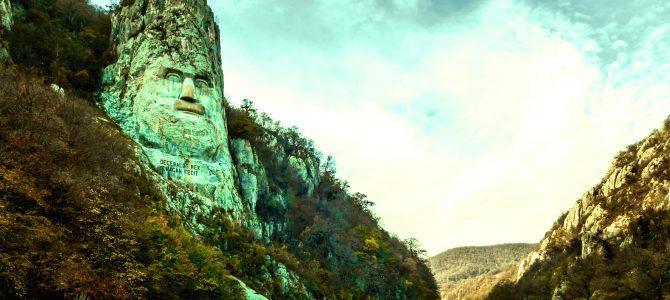 Statuia lui Decebal in Cazanele Dunarii